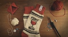 Knit Yourself A Pair Of These Socks Which Pause Your Netflix Show When You Fall Asleep Smart Socks, Led Projects, Diy Mode, Geek Gadgets, Apps, Diy Couture, Lion Brand Yarn, Shows On Netflix, Oui Oui