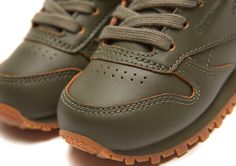 Reebok Classic x Kendrick Lamar – Classic Leather Lux,  #ClassicLeatherLux #KendrickLamar #Reebok #ReebokClassic #sneaker, #agpos, #sneaker, #sneakers, #sneakerhead, #solecollector, #sneakerfreaker,  #nicekicks, #kicks, #kotd, #kicks4eva #kicks0l0gy, #kicksonfire, #womft, #walklikeus, #schuhe, #turnschuhe, #yeezy, #nike, #adidas, #puma, #asics, #newbalance #jordan, #airjordan, #kicks