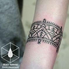 Encre Mécanique (Alex Iumsa) #beautiful #tattoo