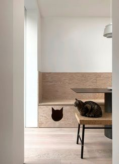 ER Residence is a flat occupying the ground floor of a Victorian terrace in London.