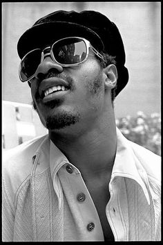 Stevie Wonder, born May 1950 in Saginaw, MI. He attended Michigan School for the Blind in Lansing, Michigan. I remember when we called him Little Stevie Wonder. Stevie Wonder, I Love Music, Sound Of Music, Kinds Of Music, Saginaw Michigan, Lansing Michigan, Legendary Singers, Soul Singers, Today In History