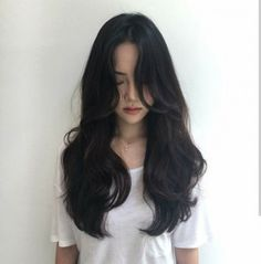 Best Hair Waves Curls Brunettes 17 Ideas is part of Black hair curls - Haircuts For Long Hair, Long Hair Cuts, Curled Hairstyles, Cool Hairstyles, Haircut Long Hair, Party Hairstyles, Wedding Hairstyles, Mode Ulzzang, Ulzzang Hair