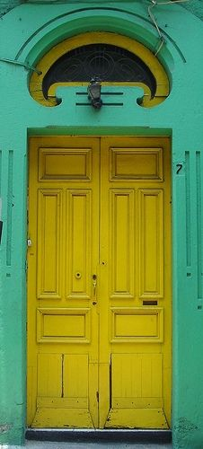 colors......LOVE LOVE LOVE THIS!!! but, I cannot paint my logs turquoise I would not live thru it!