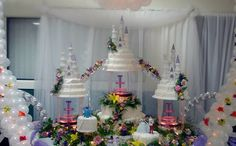 quinceaneras cakes pictures   Quinceañera Cakes Beautiful Cakes, Amazing Cakes, Castle Wedding Cake, Fountain Wedding Cakes, Quince Cakes, Quinceanera Cakes, Sweet 16 Cakes, Disney Cakes, Sweet 16 Parties
