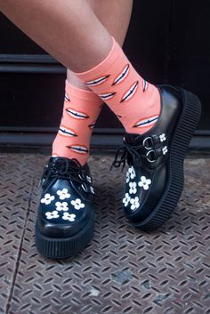Rock Socks in the Summer with these Tricks | NYLON