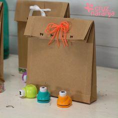 Diy Birthday Decorations, Birthday Diy, Diy Christmas Star, Paper Bag Crafts, Diy Holiday Gifts, Creative Gift Wrapping, Diy Gift Box, Diy Doll, Crafts For Teens