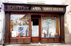 www.village-montresor.fr