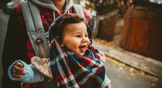 Top 12 reasons why babywearing rocks, and why every parents should try it!