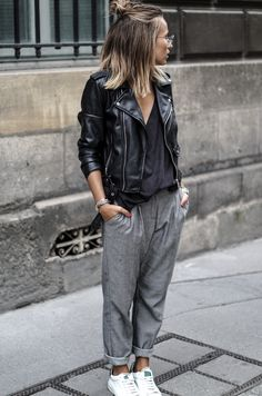 30 Best Summer Outfits Stylish and Comfy - 30 Chic Summer Outfit Ideas - Street Style Look. The Best of clothes in Mode Outfits, Sport Outfits, Fall Outfits, Casual Outfits, Fashion Outfits, Womens Fashion, Short Hair Outfits, Nike Fashion, Sport Fashion