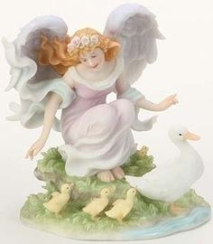 Seraphim Angels Classics Camille Beloved Guide by Seraphim Classics, http://www.amazon.com/dp/B003YP8YBU/ref=cm_sw_r_pi_dp_fKUarb0GZJ2C1