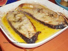 Cinco sentidos na cozinha: Postas de perca do nilo no forno em manteiga