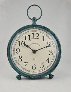 Relógio (despertador) vintage azul Linha Home Marcia Mello. #decoracao http://loja.marciamello.com.br/casa/relogios