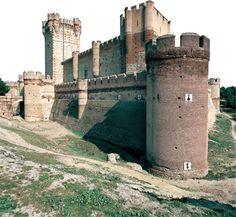 Castillo de la Mota  (Valladolid, España) / Mota Castle (Valladolid, Spain)