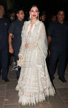 Malaika Arora Khan in Tarun Tahiliani Outfit Indian Gowns, Indian Attire, Indian Wear, Heavy Dresses, Nice Dresses, Pakistani Outfits, Indian Outfits, Indian Designer Outfits, Designer Dresses