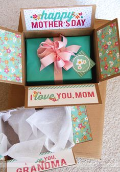 for decorative boxes to send to your Mom on Mother's Day! idea from the dating divas . com: if you have to mail a package in a box, decorate the flaps!idea from the dating divas . com: if you have to mail a package in a box, decorate the flaps! Mothers Day Crafts, Happy Mothers Day, Mother Day Gifts, Gifts For Mom, Mothers Day Ideas, Mothers Day Presents, Dating Divas, Homemade Gifts, Diy Gifts