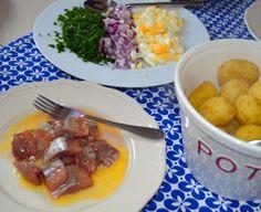 Beef, Drink, Food, Meat, Beverage, Ox, Drinking, Ground Beef, Meals