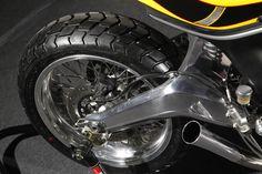 Shorter rear end and swingarm with Jonich wheels