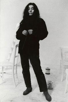 Yoko Ono. (K: aka loko germione)