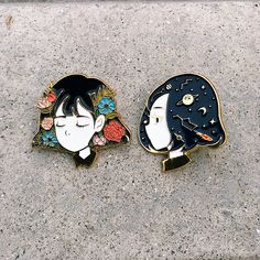 "My first ever enamel pin ""Serene"" and ""Reverie""  I try to use my favourite painting subject floral and cosmos to make this pin, and the…"