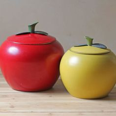 Vintage Apple Canister Set 1 now featured on Fab. (sold out, waa!)