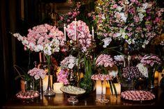 Decoração de casamento romântica em tons de rosa. Foto: Ricardo Cintra
