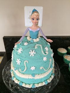 Elsa frozen doll skirt cake used 2 8 inch round cake pans and one