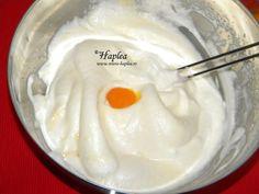 tort cu mere intregi caramelizate poza 7 Icing, Pudding, Desserts, Tailgate Desserts, Deserts, Puddings, Dessert, Avocado Pudding, Food Deserts