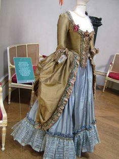 Dress cut from The Duchess (2008)