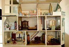 Smundt.  Mi casita de muñecas