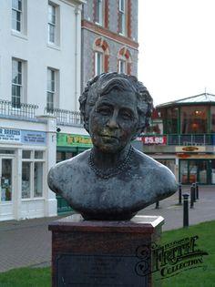 ~Agatha Christie Memorial in Torquay~