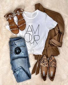 211 Likes, 7 Comments - Jenn Cute Casual Outfits, Casual Chic, Stylish Outfits, Comfy Casual, Unique Outfits, Fall Winter Outfits, Spring Outfits, Winter Fashion, Mode Outfits