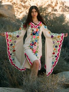 <img> Mid-length Pink Embroidery, Mexican dresses, Mexican Embroidery, Boho Bridesmaid, Beach Wedding Source by - Mexican Embroidery, Vintage Embroidery, Mexican Fashion, Mexican Dresses, Mid Length Dresses, Vogue, Custom Dresses, Pakistani Dresses, Blouse Designs