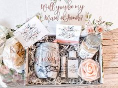 Will You Be My Bridesmaid Gift Box, Bridesmaid Box, Will You Be My Bridesmaid Box, Will you help me tie the knot, Maid of Honor Gift Box Bridesmaid Invitation Box, Bridesmaid Gift Boxes, Bridesmaid Proposal Gifts, Wedding Invitations, Will You Be My Bridesmaid Gifts, Wedding Gifts For Bridesmaids, Maid Of Honour Gifts, Maid Of Honor, Mini Wine Bottles