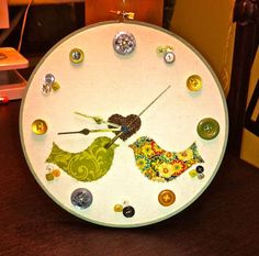 Embroidery-Hoop Clock