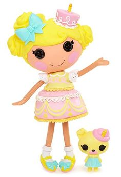 Another new #Lalaloopsy coming this fall! Candle Slice O' Cake was made from a piece of birthday cake. She loves to throw surprise birthday parties for everyone including herself! She has a pet pug. Her sewn-on date is: Your Birthday! That's right, you can fill in the date of your choosing, either your own or the date of your favorite birthday girl or boy! Whose #birthday would you choose for her?