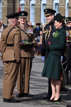 Kate Middleton Photos Photos: The Duke And Duchess Of Cambridge Attend The Irish Guards St Patrick's Day Parade Kate Middleton Photos, Kate Middleton Style, Prince William And Catherine, William Kate, St. Patrick's Day, Alexander Mcqueen, St Patricks Day Parade, Prinz William, Princesa Kate
