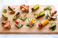 Fruit & Vegetable Bug Snacks for Envirokidz - www. - - Fruit & Vegetable Bug Snacks for Envirokidz – www.c… Fruit & Vegetable Bug Snacks for Envirokidz – www. Bug Snacks, Healthy Snacks, Healthy Eating, Healthy Recipes, Fruit Snacks, Fruit Recipes, Vegetarian Recipes, Snacks Recipes, Easter Recipes