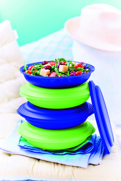 Lunch to-go made easy with our Expressions Double Plates! #Tupperware #MealPrep