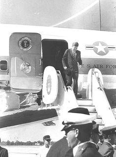 JFK landing in MacDill Air Force Base,Nov18th 1963