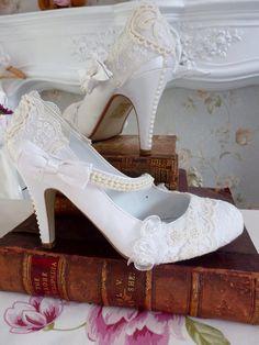 e87db94173b Custom wedding shoes lace vintage by Laceandloveshoes on Etsy