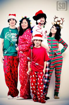 Family Christmas Card - love this!  where to find the pj's i wonder?