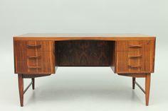 Minimalistic Danish rosewood desk designed in 1960. www.reModern.dk
