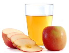 Apple Cider Vinegar is found in all Indian Kitchens. It is prepared from Apple or Cider. There are many uses of apple cider vinegar in your kitchen. But very few people know that Apple Cider Vinegar also helps in weight loss. Apple Cider Vinegar Uses, Apple Cider Vinegar Remedies, Apple Health Benefits, Apple Cider Benefits, Diabetic Snacks, Diabetic Recipes, Acv And Honey, Raw Honey, Water Retention Remedies