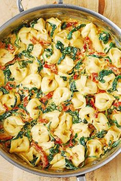 Creamy Sun-Dried Tomato, Basil & Spinach Tortellini smothered in a delicious Mozzarella Cheese sauce. Easy comfort food dinner made in 30 minutes! Veggie Recipes, Vegetarian Recipes, Dinner Recipes, Cooking Recipes, Healthy Recipes, Salad Recipes, Dinner Ideas, Chicken Recipes, Spinach Recipes