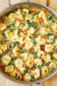 Creamy Mozzarella Sun-Dried Tomato Basil Spinach Tortellini   Julia's Album   Bloglovin'