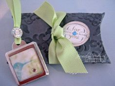 Dry Embossing the Pillow Box to add texture and WOW!