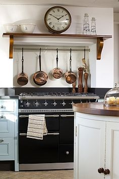 I'm considering having a fake 'chimney breast' built in around the rangemaster to hide the extractor fan. Rustic Kitchen, New Kitchen, Kitchen Decor, Kitchen Tools, Vintage Kitchen, Cooker In Chimney Breast, Kitchen Ideas 2018, Kitchen Chimney, Cottage Kitchens
