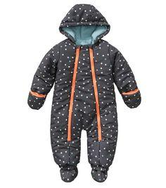 die besten 25 baby schneeanzug ideen auf pinterest babykleidung winter baby junge. Black Bedroom Furniture Sets. Home Design Ideas