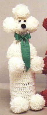 Poodle Bottle Cover (Hooch Pooch) So happy to find this pattern! This is exactly like the ones my grandmother made in the Crochet Home, Crochet Crafts, Crochet Dolls, Yarn Crafts, Crochet Projects, Poodle, Wine Bottle Covers, Hooch, Wine Bottle Crafts