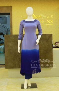 Salwar Designs, Kurta Designs Women, Kurti Designs Party Wear, Designer Anarkali Dresses, Designer Dresses, Designer Wear, Dress Indian Style, Indian Dresses, Indian Wear